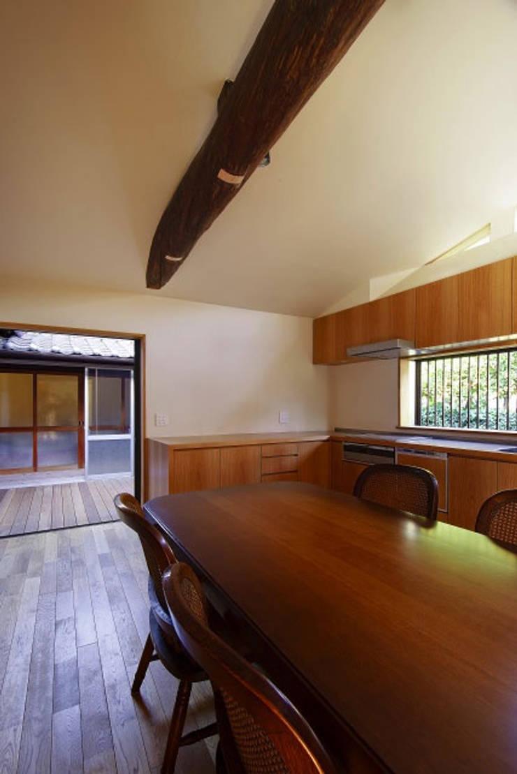 キッチン(After)/photo:Tada Yuko: 田村真一建築設計事務所が手掛けたクラシックです。,クラシック