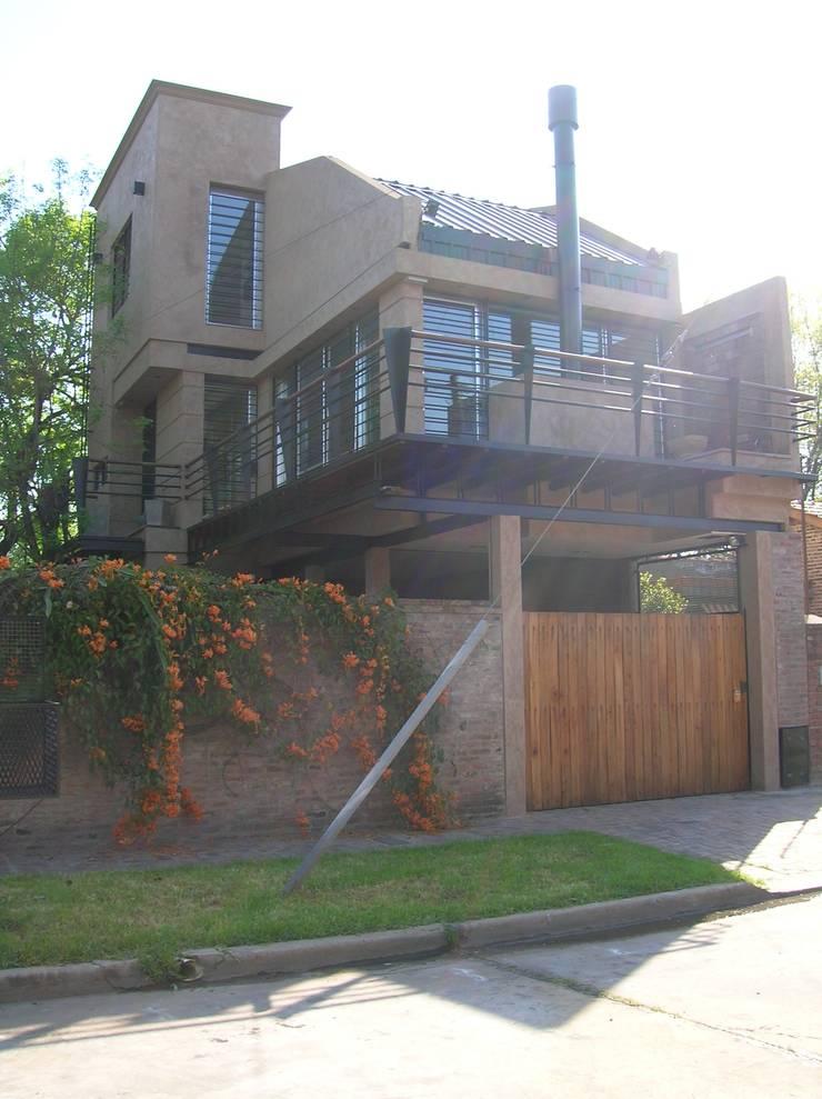 Diseño de un loft en Martínez, Buenos Aires: Casas de estilo  por Laura Avila Arquitecta - Ciudad de Buenos Aires