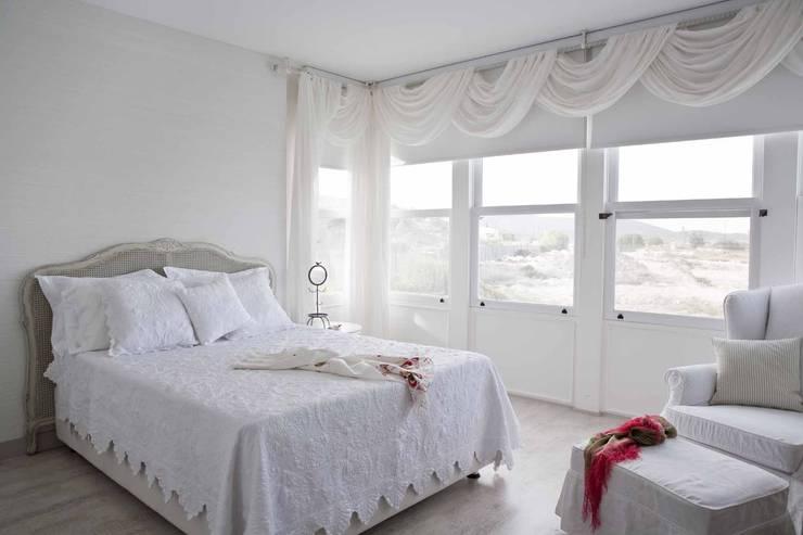 moderne Schlafzimmer von EKE Mimarlık