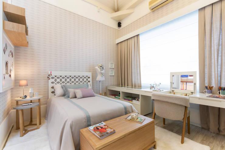 Dormitorios infantiles de estilo moderno de Anexo Arquitetura
