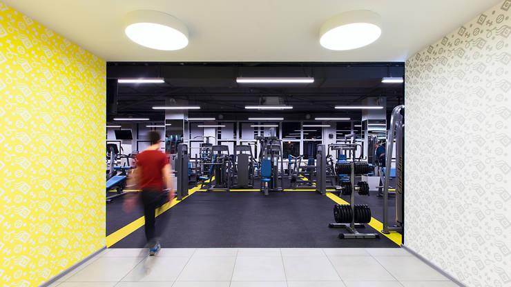 Фитнес-клуб: Коммерческие помещения в . Автор – KYD BURO, Минимализм