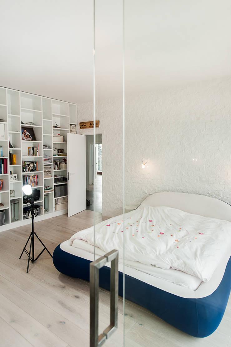 Apartament na Chodkiewicza: styl , w kategorii Sypialnia zaprojektowany przez MATELIER