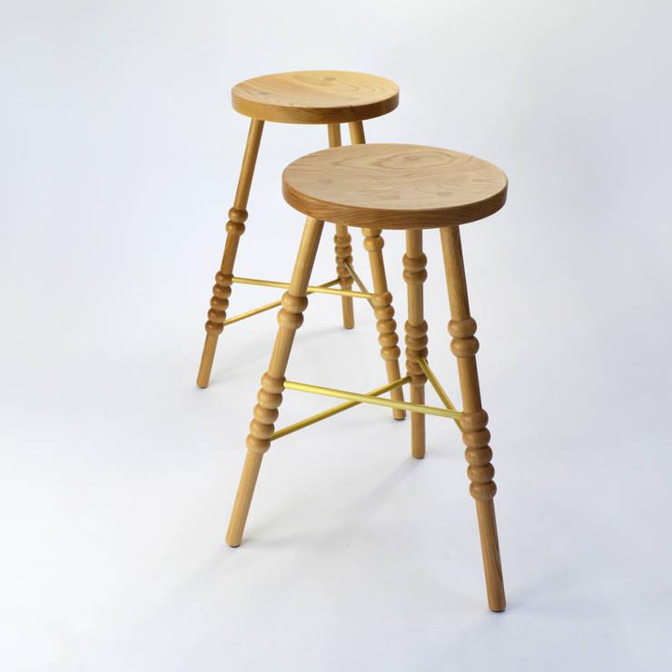 Cucina in stile  di M Furniture Design
