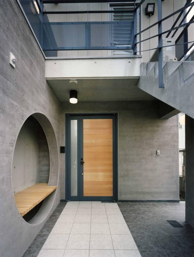 approach: H.Maekawa Architect & Associatesが手掛けた家です。,