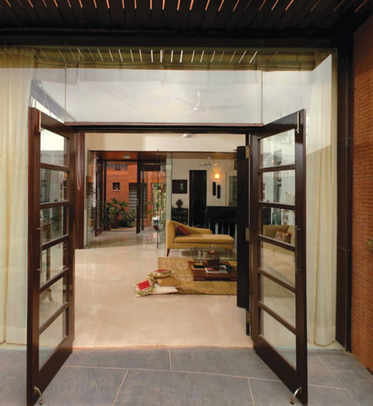 T House:   by Kumar Moorthy & Associates