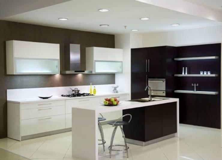 AKDENİZ TADİLAT DEKORASYON – MUTFAK DOLABI: endüstriyel tarz tarz Mutfak