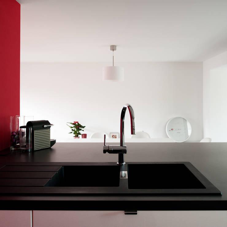 La boite rouge: Cuisine de style  par AMBA