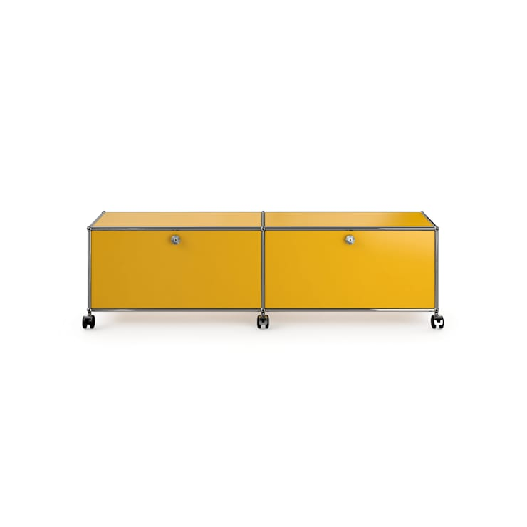 USM Haller TV/Hi-Fi-Möbel, goldgelb:  Wohnzimmer von USM Möbelbausysteme