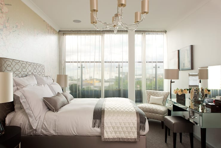 London Docklands penthouse :  Bedroom by At Home Interior Design Consultants Cambridge