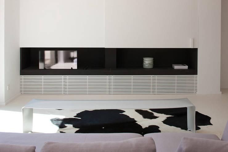 Maison WP: Salon de style  par Vincent Coste Architecte