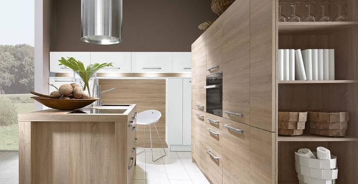 Porto Woodline / Acryl - Chene Bardolino / Bianco:  de style  par Schott Cuisines