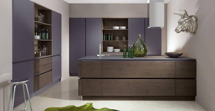 Rovere / Color - Loam / Anthracite:  de style  par Schott Cuisines