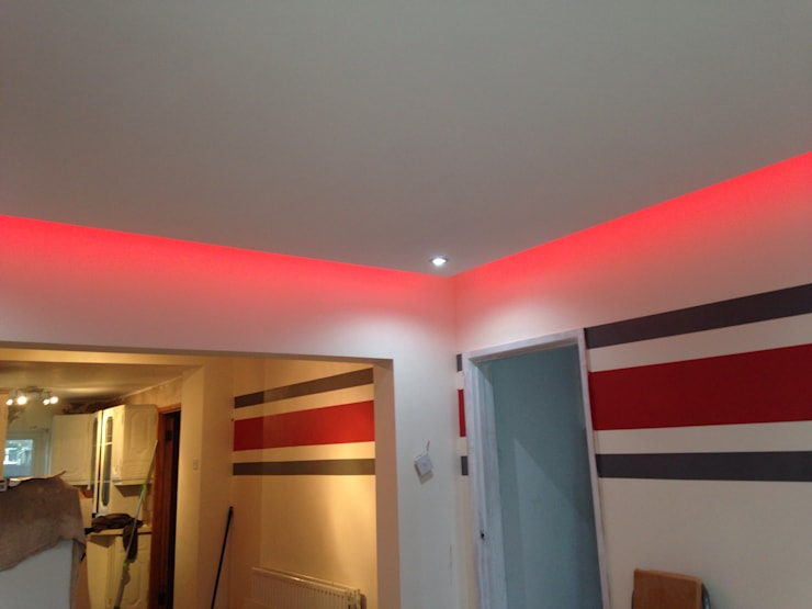Floating ceiling with hidden LEDs :  Living room by Lancashire design ceilings