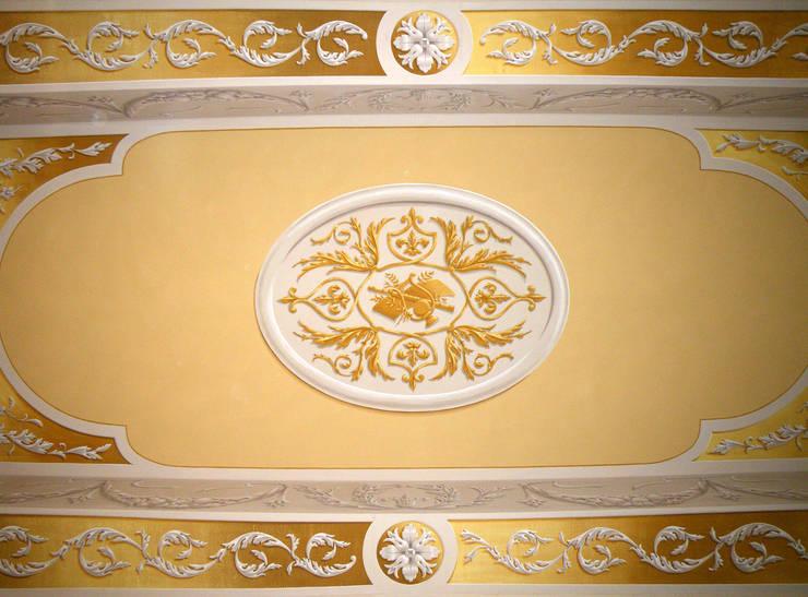 DECORAZIONE, casa privata:  in stile  di ITALIAN DECOR