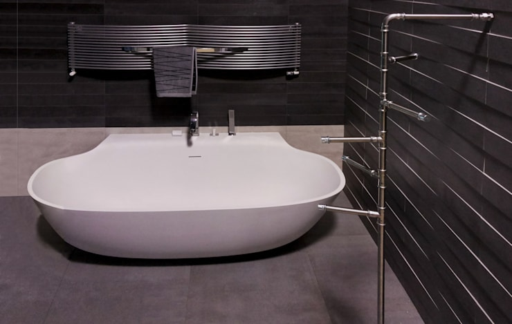 Baños de estilo  por Giacomo Giustizieri - Industrial Designer