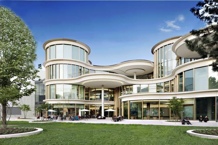 Centros comerciales de estilo  de Ortner & Ortner Baukunst Ziviltechnikergesellschaft mbH