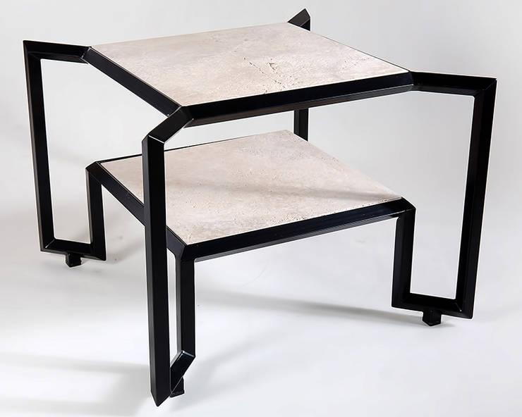 Spider Stone Table:  in stile  di Francesco Della Femina