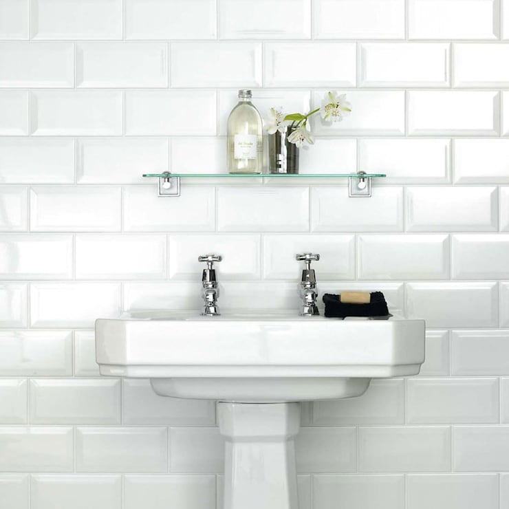 White Metro 20x10 Tiles:  Walls & flooring by Walls and Floors Ltd