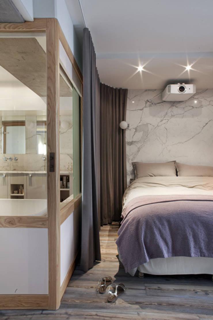 Loft LK, Paris: Chambre de style  par Olivier Chabaud Archtct