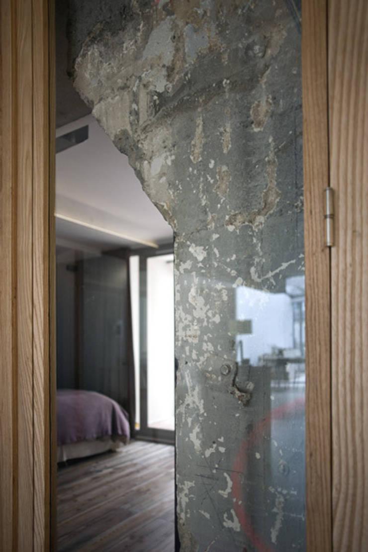 Loft LK, Paris: Chambre de style de style Classique par Olivier Chabaud Archtct