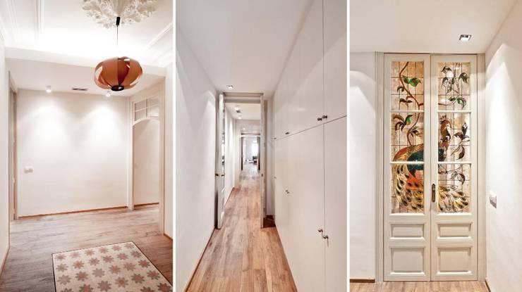 Entrada y pasillos: Pasillos y vestíbulos de estilo  de Diseño y Comunicación Online