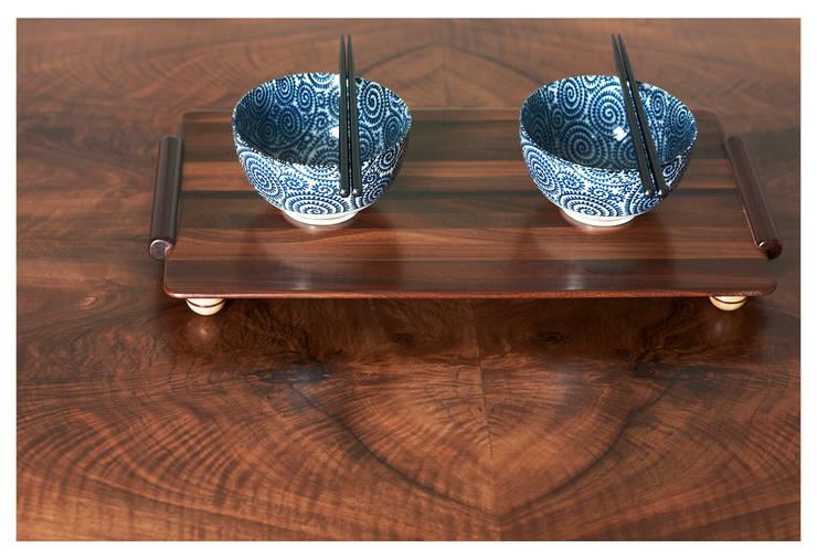 PIUMA : Sala da pranzo in stile  di LI-VING design ideas,