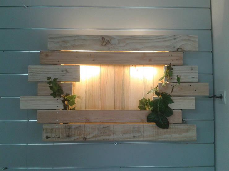 Mobilier: Chambre de style  par Bois Eco Concept