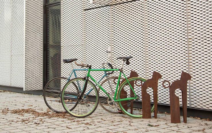 Jardin de style de style eclectique par REALIZZATORI DI IDEE
