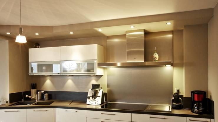 Cuisine: Maisons de style  par A3Design