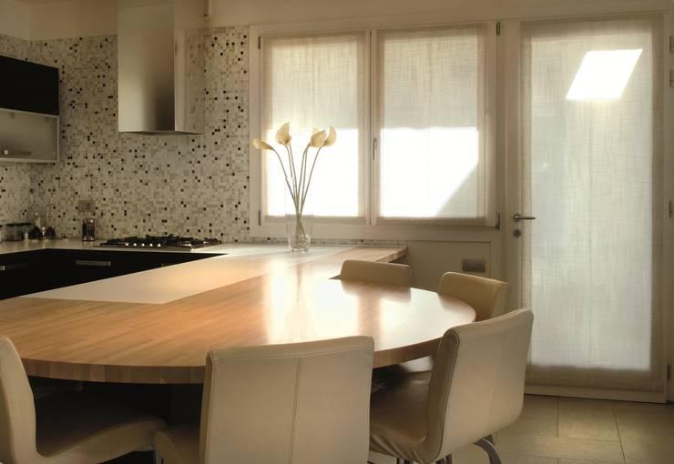 Cocina de estilo  de Biohaus