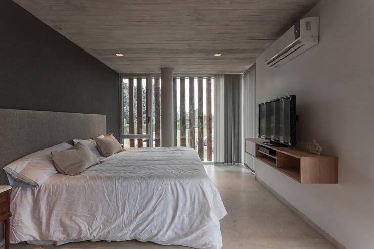 moderne Slaapkamer door ESTUDIO GEYA