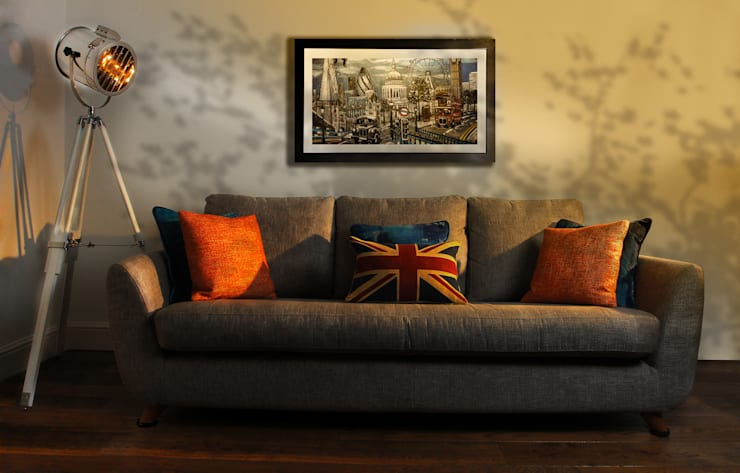 Retro Living Room:   by Tracey Andrews Interiors