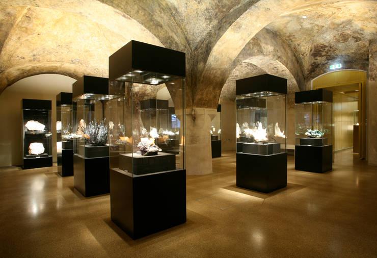 Terra Mineralia, Schloß Freudenstein:  Museen von L-Plan Lichtplanung,