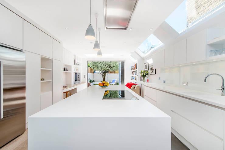 Cozinhas modernas por CATO creative