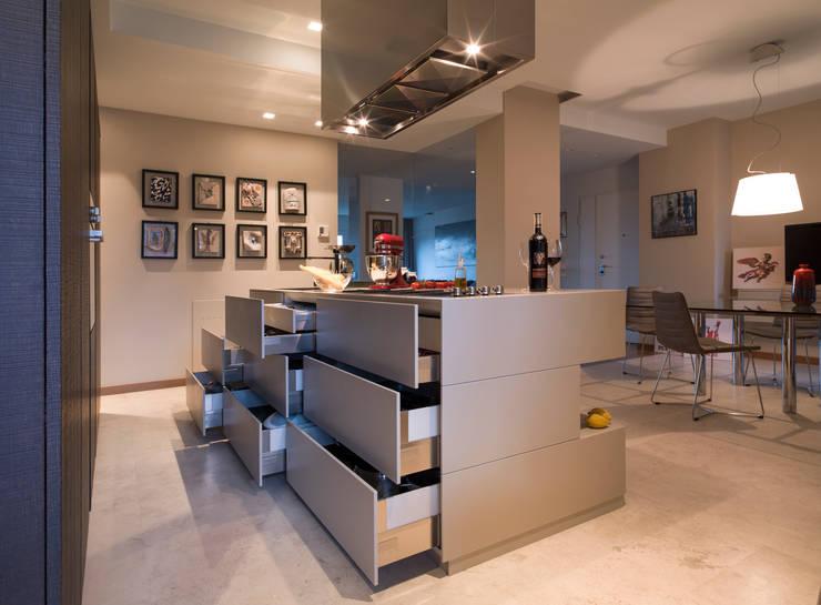 Maisons de style  par desink.it, Moderne