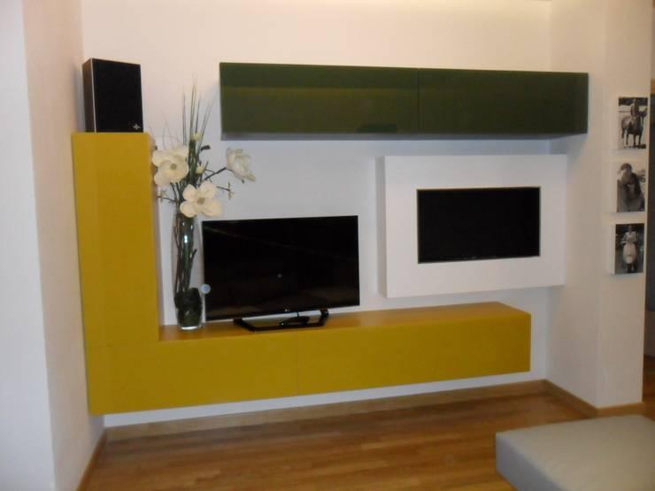 appartamento Perugia: Case in stile  di casa look,