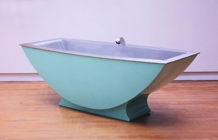 Two Seater Bath - Side View:   by BLOTT WORKS