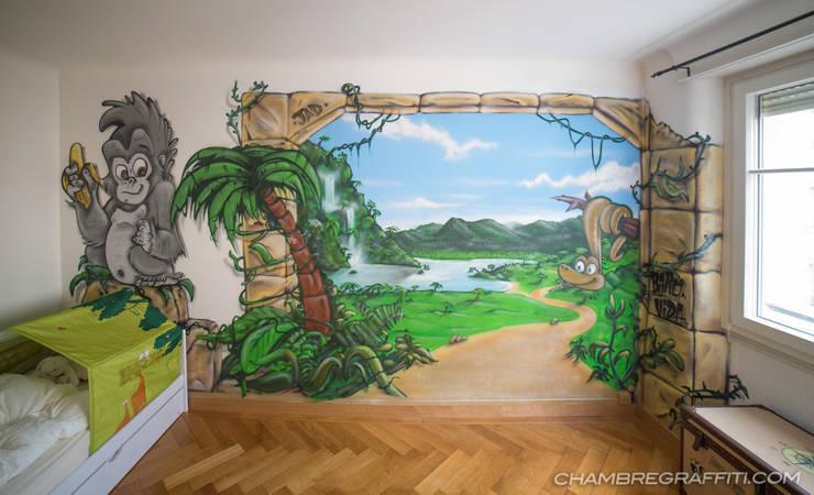 Trompe-l'oeil Jungle Chambre Enfant:  de style  par BAROGRAFF