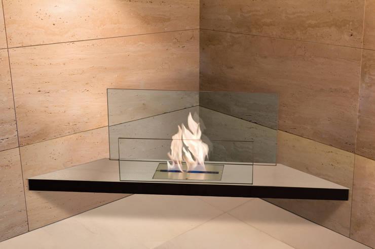 Corner Flame: moderne Wohnzimmer von Radius Design