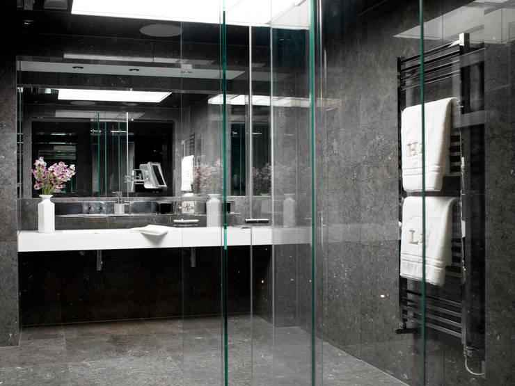 Maisons de style  par Hartmann Designs Ltd