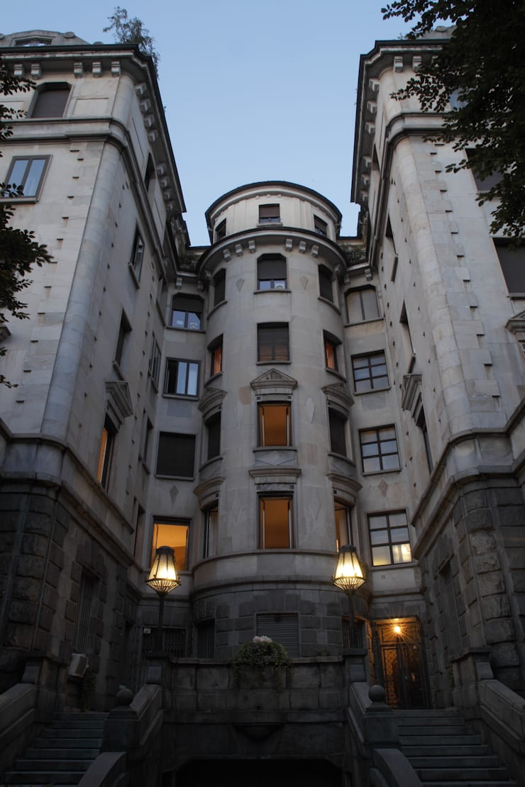 APARTMENT BIANCAMARIA: Case in stile  di PAOLO FRELLO & PARTNERS