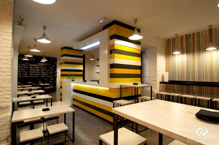 Moderne gastronomie van C2INTERIORISTAS Modern
