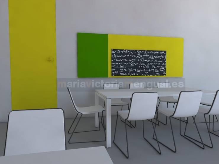 Zona de reunión de encargados de planta. : Oficinas y Tiendas de estilo  de MUMARQ ARQUITECTURA E INTERIORISMO