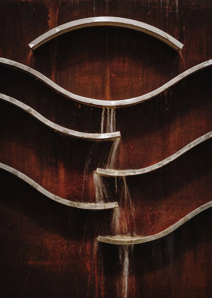 Detalle fuente: Terrazas de estilo  de Slabon Forja Creativa