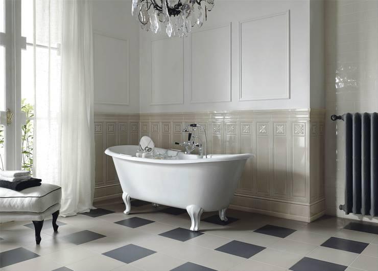 EPOQUE - Medici: Bagno in stile  di Ceramiche Grazia,