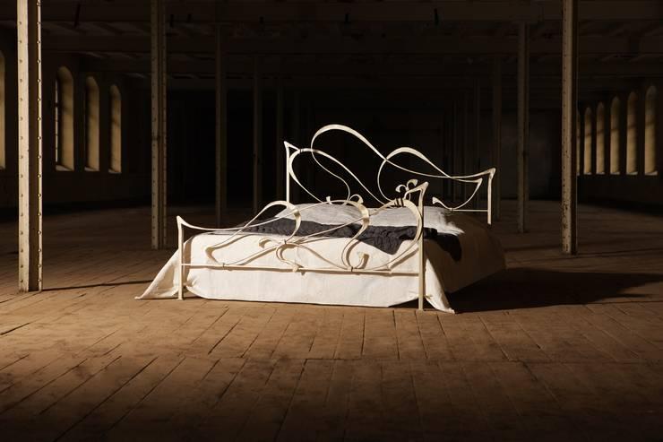 Bedroom by Claudio Crisante GmbH