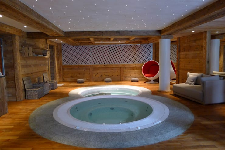 Chalet Courchevel: Spa de style  par Concrete LCDA