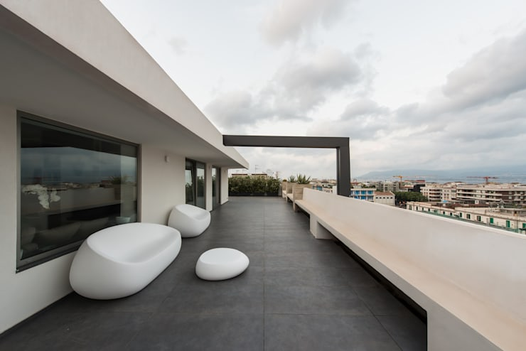 Terrace by Mobilificio Marchese