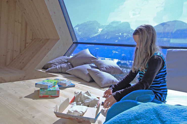 Гостиная в . Автор – Aberjung Design Agency