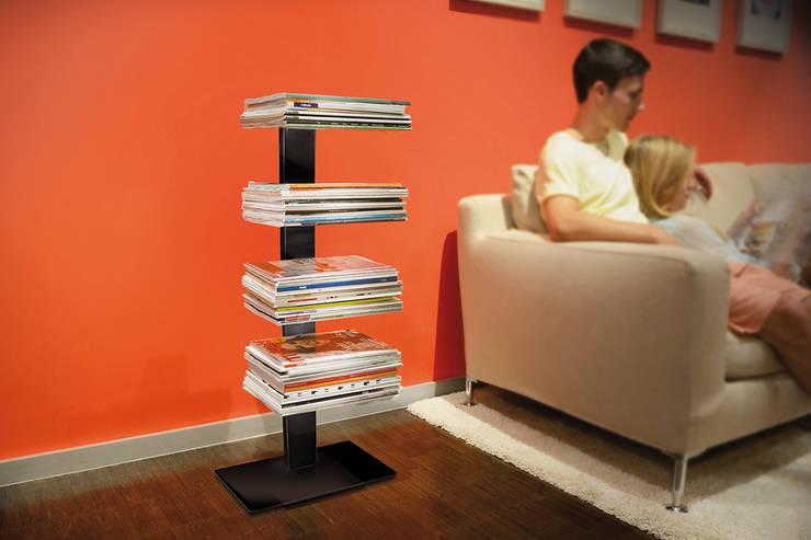Magazinregal Booksbaum Magazin :  Wohnzimmer von Radius Design